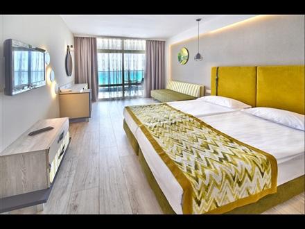 GRIFID HOTEL ENCANTO BEACH 4