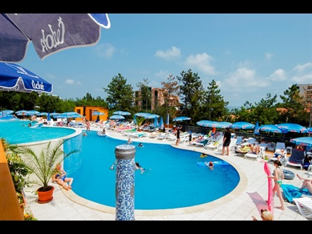 Hotel Golden Beach 2