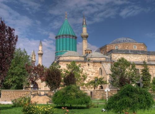 Mausoleul poetului mistic Rumi Mevlana