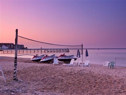 PARADISE BEACH 19